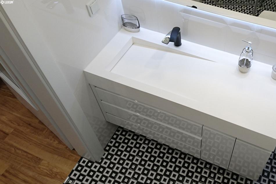 Luxum umywalka z odplywem szczelinowym z kompozytu